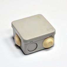 Коробка розподільна, зовнішня, пластикова 70х70; 3;6 ввода IP55,без клем.